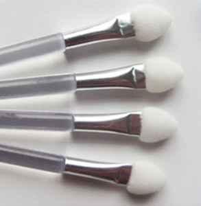 眼影刷和眼影棒的区别 你需要知道的美妆常识