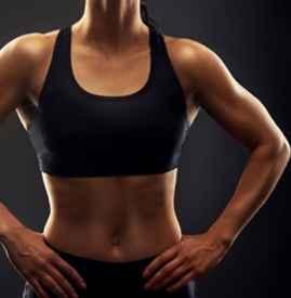 运动内衣买大一点还是小一点 这要看你的胸部size了
