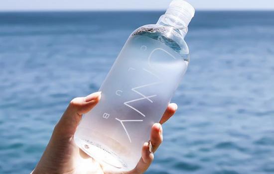 【美天棋牌】卸妆水用完还用洗面奶吗 用洗面奶二次清洁很关键