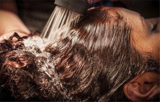 【美天棋牌】可伶可俐吸油纸能擦头皮吗 面部去油不可长期兼职头部