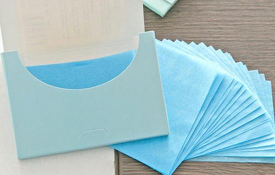 干性皮肤用吸油纸能吸出油吗?