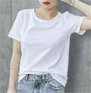 穿白色衣服穿什么颜色内衣看不到 白t搭配什么短裤