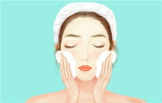 【美天棋牌】毛孔粗大油性皮肤用什么洗面奶 洗面奶可以每天用吗