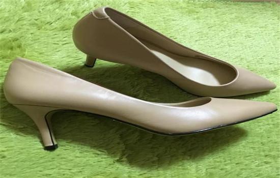 孕妇穿多高跟的鞋?孕妇能穿高跟鞋吗?