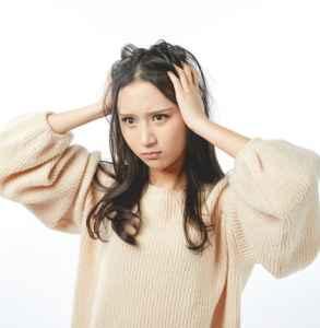 头发打薄是不是就变疏了 头发打薄和剪碎的区别