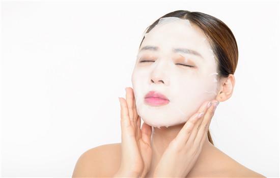 【美天棋牌】面膜敷完要擦护肤品吗 敷完面膜要洗脸吗