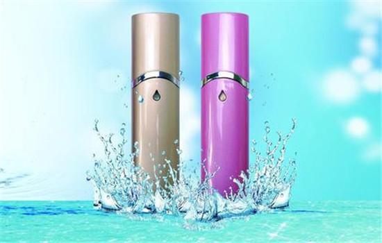 【美天棋牌】喷雾怎么用补水效果好 喷雾的功效