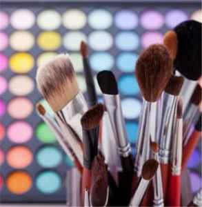 化妆遮瑕什么步骤 教你一些化妆遮瑕的小妙招