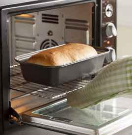 烤箱第一次使用空烤多久 空烤要开门烤吗