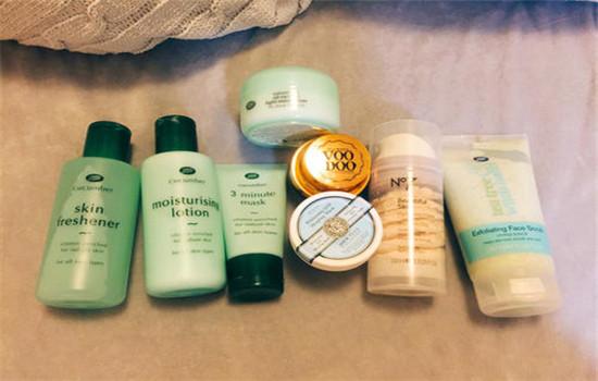 早上洗完脸后的护肤步骤 晚上的护肤步骤是怎样的