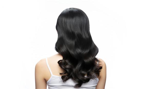 【美天棋牌】摩根烫可以用膏状药水吗 摩根烫适合长发还是短发
