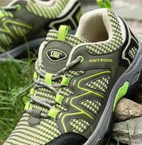 徒步穿什么鞋 如何选择合适的鞋子