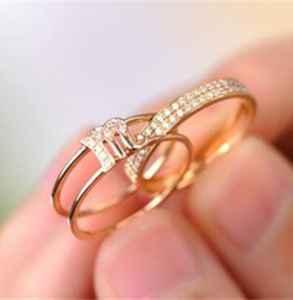 戒指摘不下来怎么办 戒指怎么戴合适