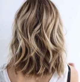 头发褪色一次危害大吗 头发油腻是什么原因