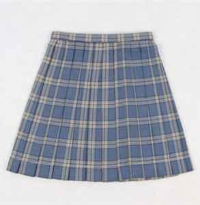 jk裙子的正确穿法 jk裙子和百褶裙的区别是什么