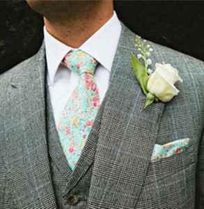 领结和领带的区别 面试领带颜色怎么选