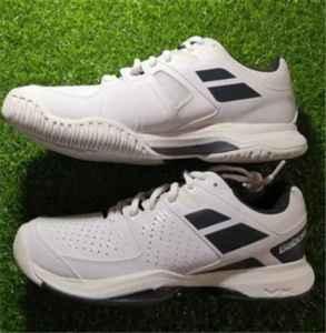 网球鞋和跑步鞋的区别 网球鞋和羽毛球鞋区别