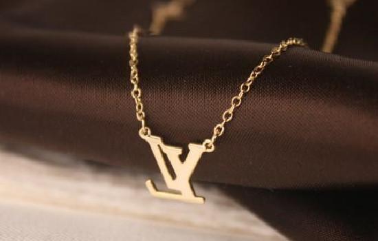 lv项链什么材质做的 lv的专柜购买须知