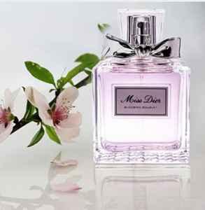 香水浓香和淡香的区别 香水选淡香还是浓香