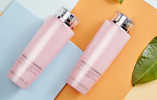 【美天棋牌】兰蔻粉水和柔肤水是同一种吗 爽肤水和柔肤水有什么区别