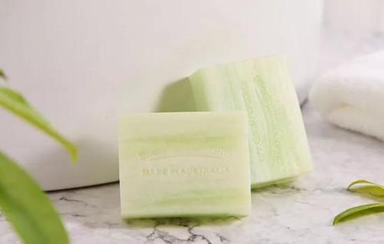 【美天棋牌】马油皂和除螨皂的区别 怎么判断脸上有螨虫