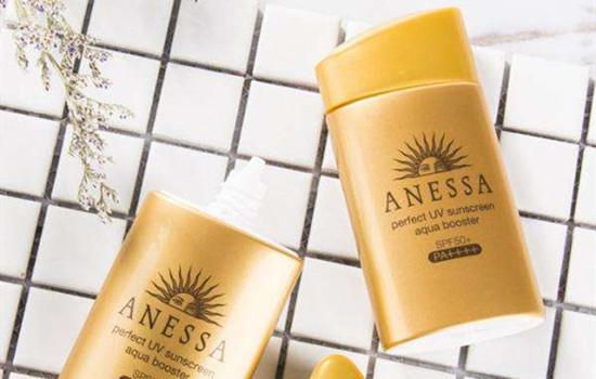油性皮肤用物理防晒还是化学防晒 隔离和防晒哪个重要
