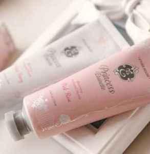 护手霜是化妆品吗 护肤品和化妆品有什么区别