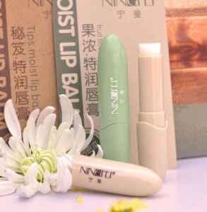 润唇膏的作用与功效 润唇膏的保质期