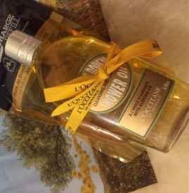 欧舒丹的沐浴油和沐浴露什么区别 欧舒丹沐浴油的用量