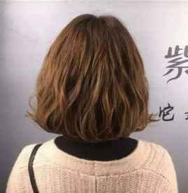 纹理烫可以维持多久 烫发后几天染发最佳