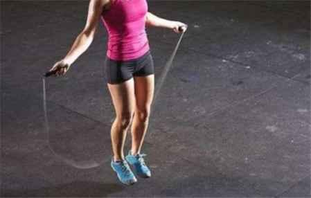 跳绳减肥多久见效 男生跳绳能减肥吗(图2)