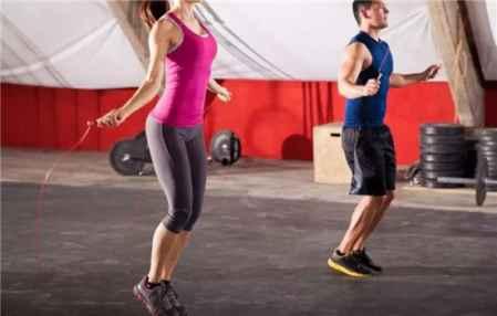 单纯跳绳减肥多久见效 跳绳一周跳几次合适(图1)