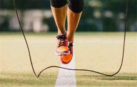 大基数跳绳怎么跳减肥 体重基数小怎么减肥(图1)