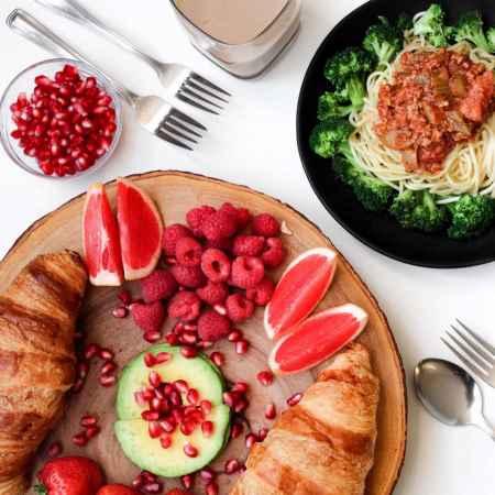 女人缺营养吃什么好?看看这些食物和汤臣倍健多种维生素矿物质片(图1)