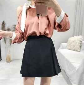 包臀裙和a字裙的區別 包臀裙應該怎么搭配上衣