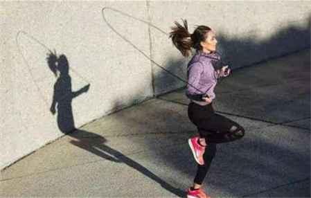 每天跳绳十五分钟可以减肥吗 怎么跳绳减肥效果好些(图4)