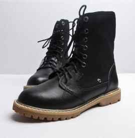 马丁靴如何清洗干净 马丁靴怎么穿好看