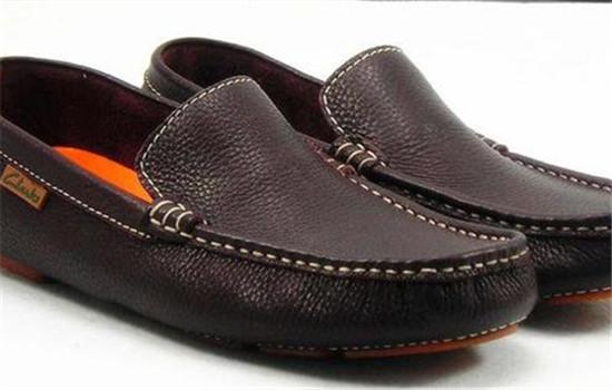 其乐男鞋是哪个国家的品牌 clanks是几线品牌