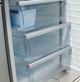 冰箱排水口的水排到哪里 冰箱排水孔怎么清理
