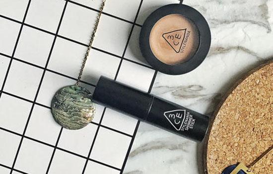 美妆小课堂:用高光棒以前需要怎么操作 为什么要先底妆和修容