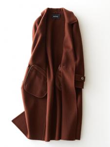 羊毛大衣金標和黑標的區別