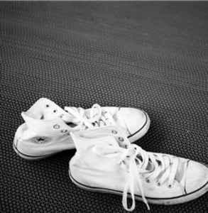 匡威鞋墊能取出來嗎 匡威怎么更換鞋墊