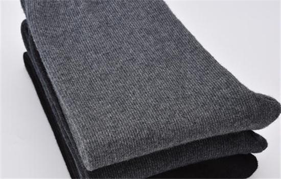 羊绒面料的优缺点 羊绒裤起球怎么处理