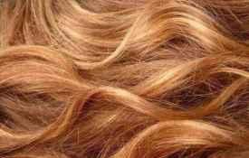 头发烫后都是微黄的吗