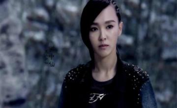 《盜墓筆記》阿寧為什么要當人蛇?她到底喜不喜歡吳邪?