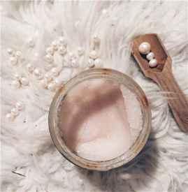 磨砂膏可以当沐浴露用吗