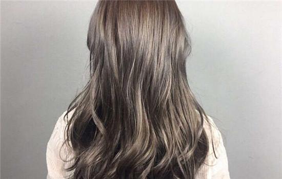 漂头发和染头发的区别