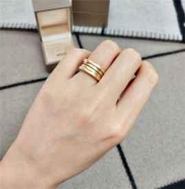 宝格丽弹簧戒指会弹动吗