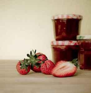 几斤草莓做一斤草莓酱 草莓做成酱为什么重量会减少