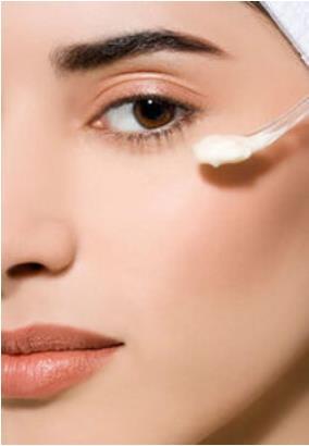 眼部按摩去除眼袋和皱纹的方法